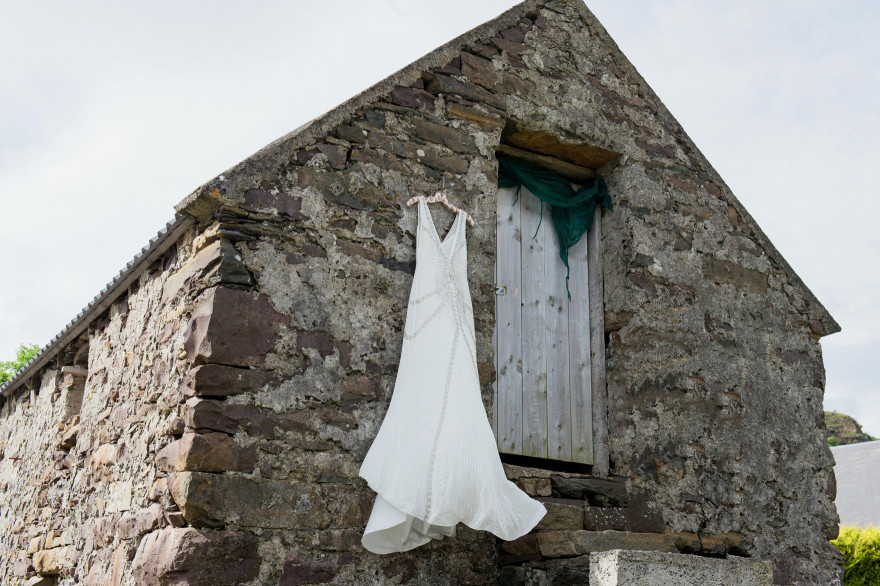 Ireland-Connemara-lakes-finny-destination-wedding-photographer-christina-lilly-002