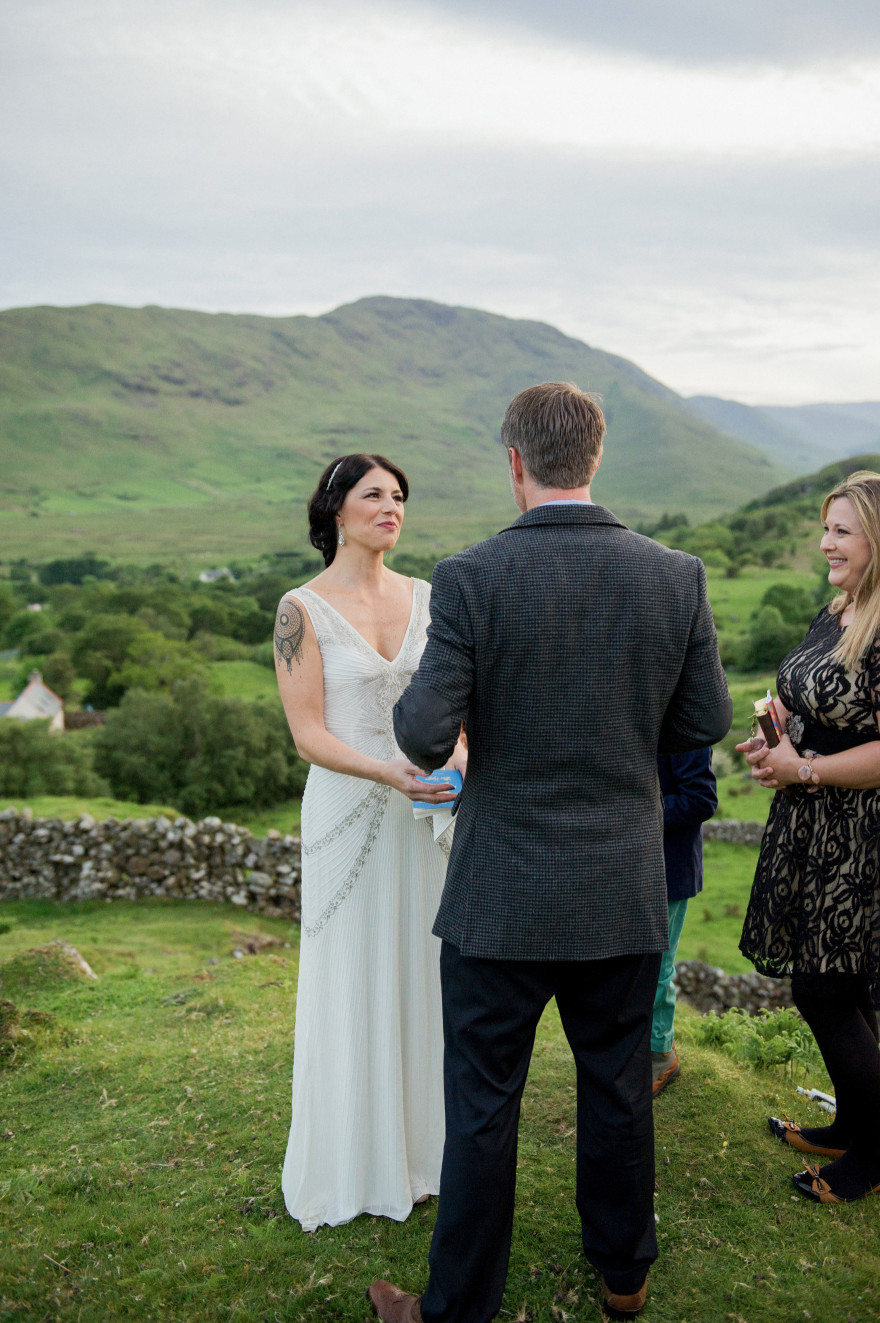 Ireland-Connemara-lakes-finny-destination-wedding-photographer-christina-lilly-019