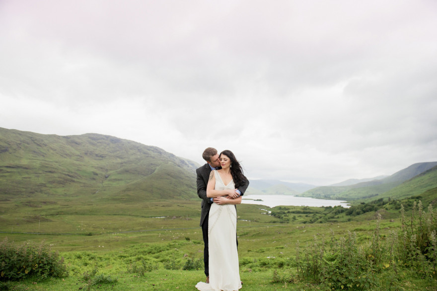 Ireland-Connemara-lakes-finny-destination-wedding-photographer-christina-lilly-039